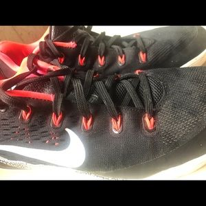Laser'-light Bright: Nike Kobe 9 EM 'Black/White'